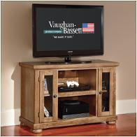 Vaughan Bassett Furniture Lifestyle Light Oak