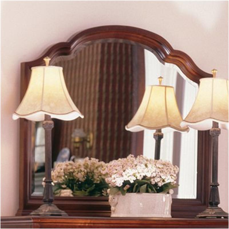 60 114 Kincaid Furniture Carriage House Bedroom Mirror