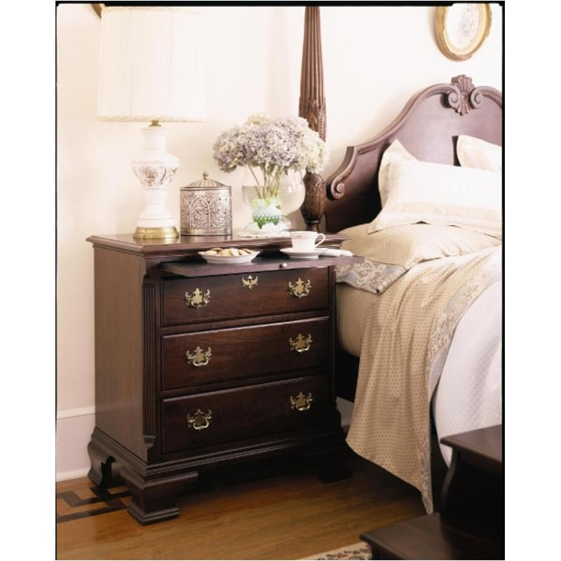 60-142 Kincaid Furniture Carriage House Bedroom Bedside Chest