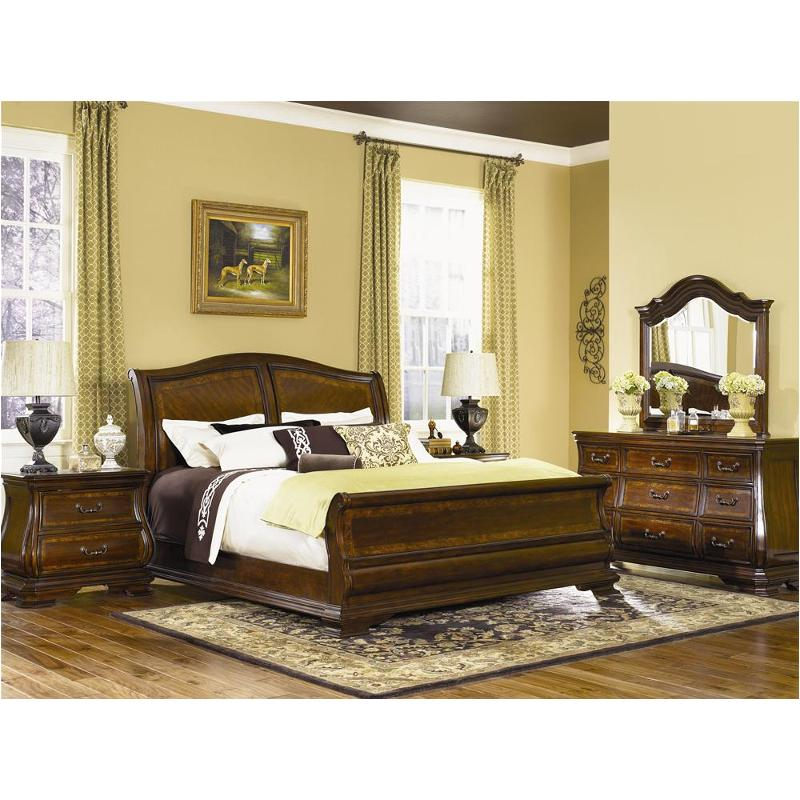 9250 4305 Legacy Classic Furniture Rochelle Queen Sleigh Bed