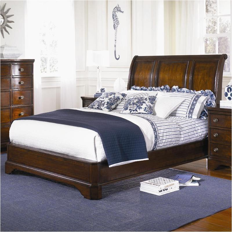 9350 4705 Legacy Clic Furniture American Traditions Bedroom Bed