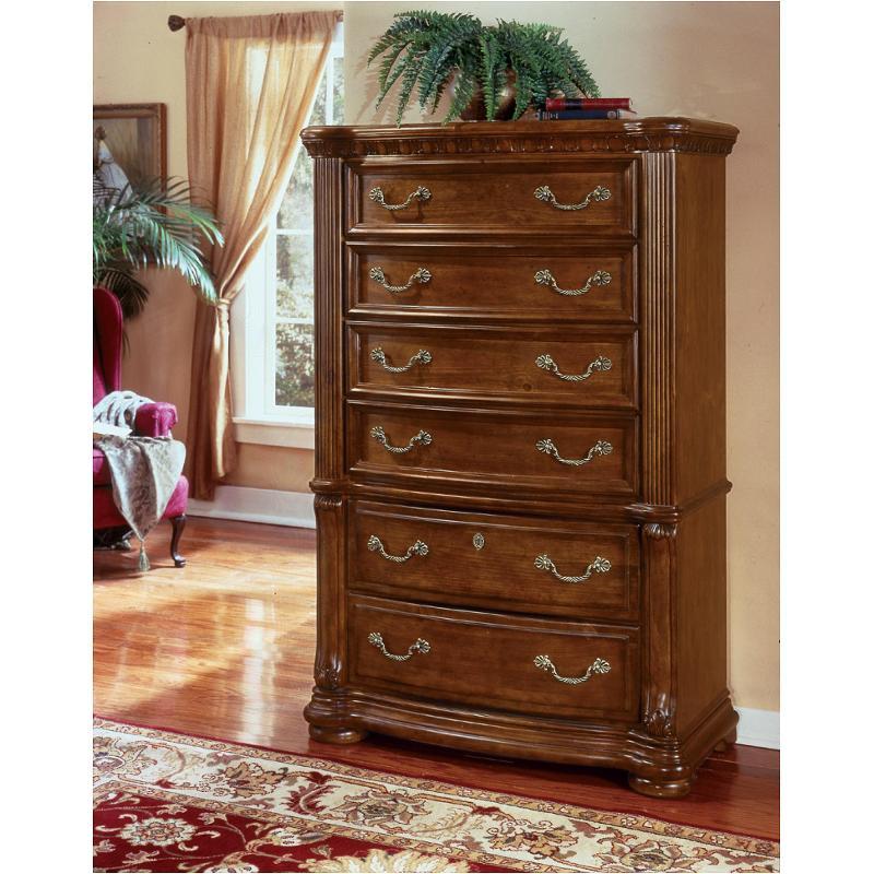 1635 73 flexsteel wynwood furniture six drawer chest pine for Wynwood furniture bedroom set cordoba