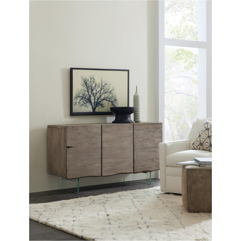 5738-85001-95 Hooker Furniture True Vintage 3 Door Credenza