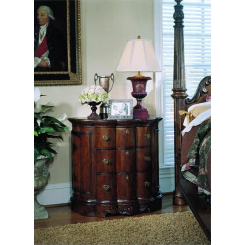 242142 Pulaski Furniture Edwardian Accent Accent Chest