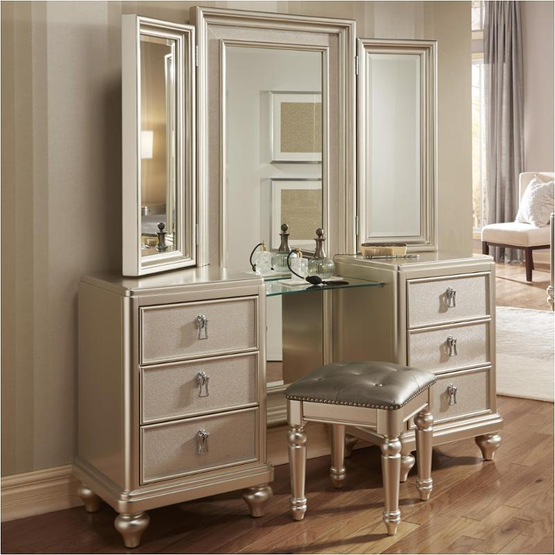 8808 012 Samuel Lawrence Furniture Diva Vanity Dresser With Stool