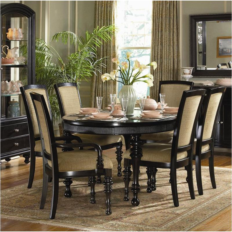9072-900 Schnadig Furniture Kingston Oval Dining Table