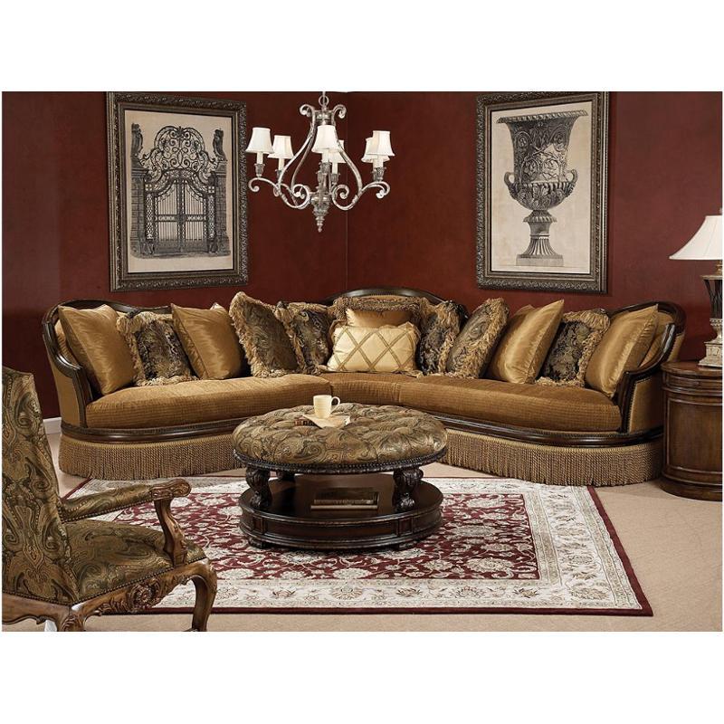A100 007 B Schnadig Furniture Degas Living Room Loveseat