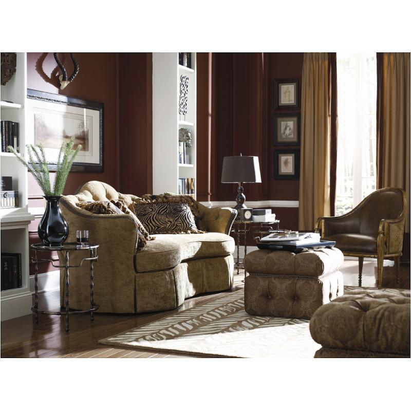 A730 082 A Schnadig Furniture Corinne Living Room Sofa