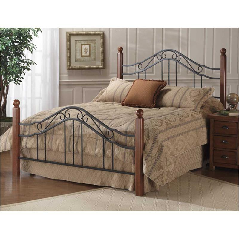 1010-500 Hillsdale Furniture Queen Poster Bed Set - Black/cherry