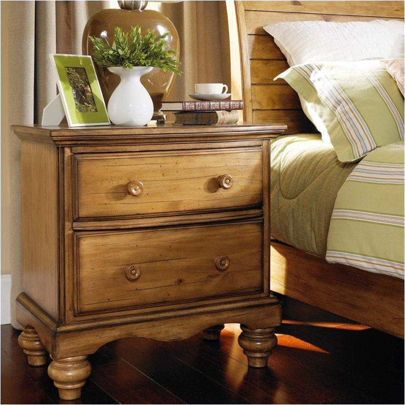 1553 771 Hillsdale Furniture Hamptons   Weathered Pine Bedroom Nightstand
