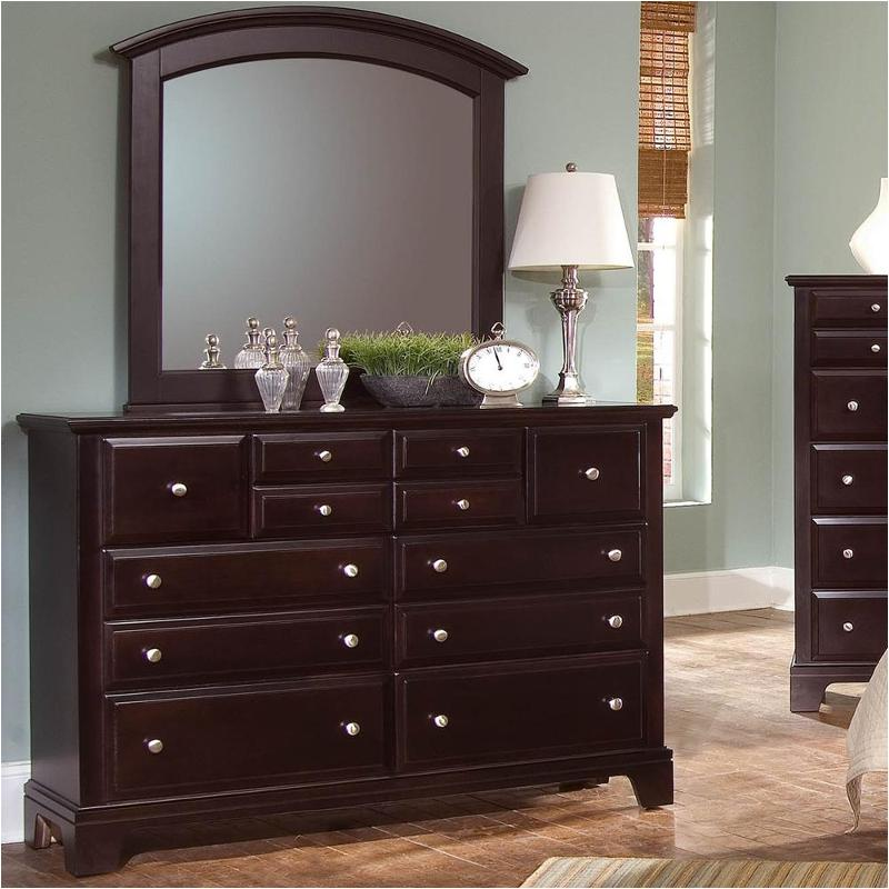 Bassett Coupon: Bb4-002 Vaughan Bassett Furniture Triple Dresser
