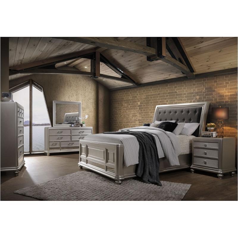 B077 310 New Classic Furniture Venetia Bedroom Bed