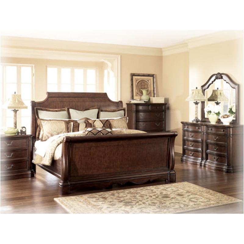 B622 78 Ashley Furniture Camilla Bedroom King Sleigh Bed