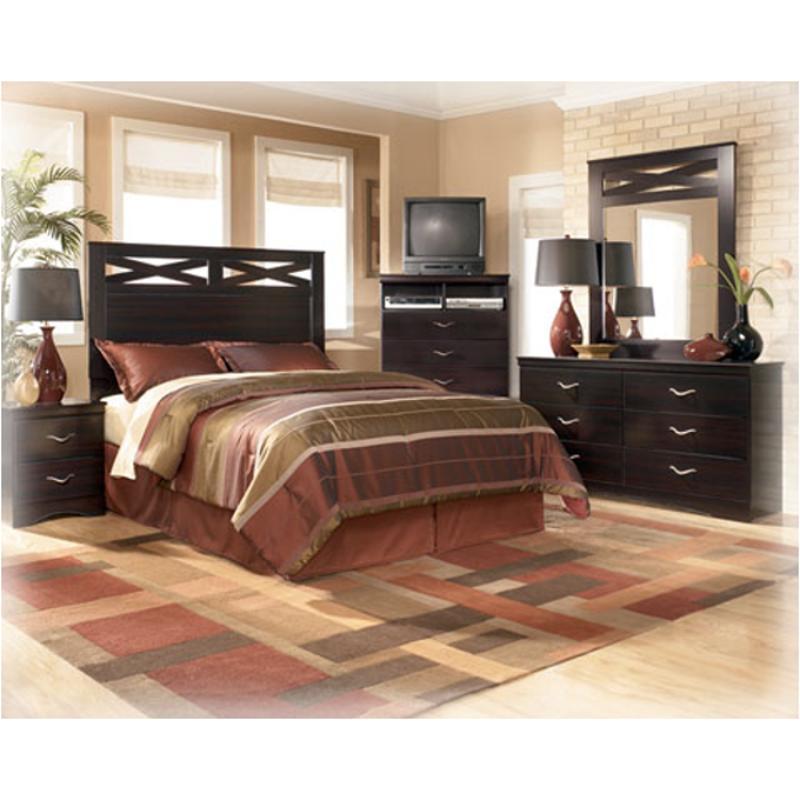 B117-57 Ashley Furniture X-cess
