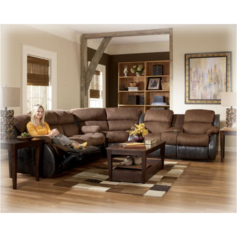 3150077 Ashley Furniture Presley   Espresso Living Room Sectional