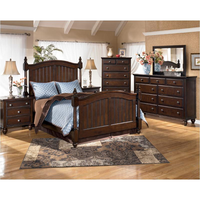 B506 72 Ashley Furniture Camdyn Bedroom King Poster Bed