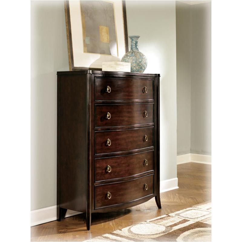 B747 46 Ashley Furniture Ashlyn Chest