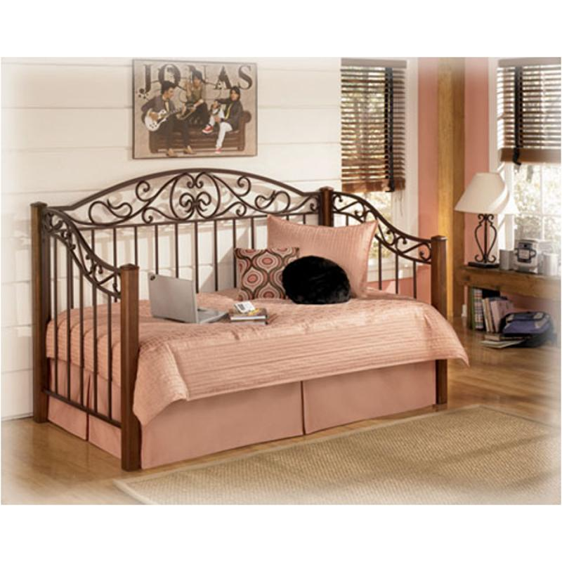 B429 80 Ashley Furniture Wyatt Bedroom Daybed Day Bed