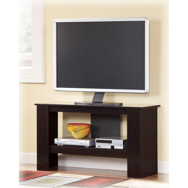 T119 15 Ashley Furniture Emporia Living Room