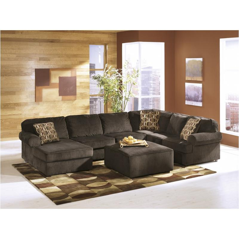 6840467 Ashley Furniture Vista