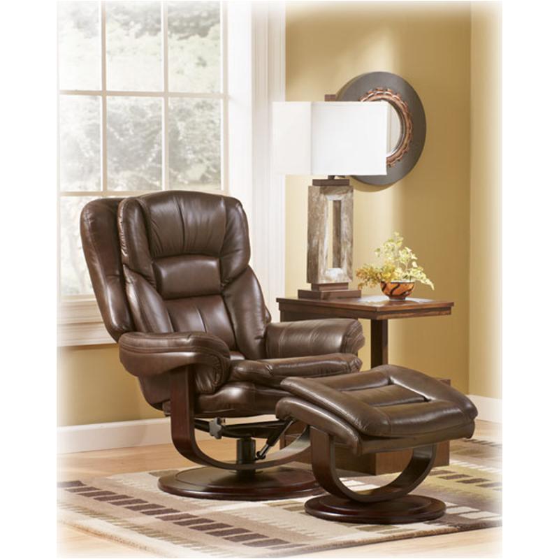 2810031 Ashley Furniture Maddox   Walnut Living Room Living Room Chair