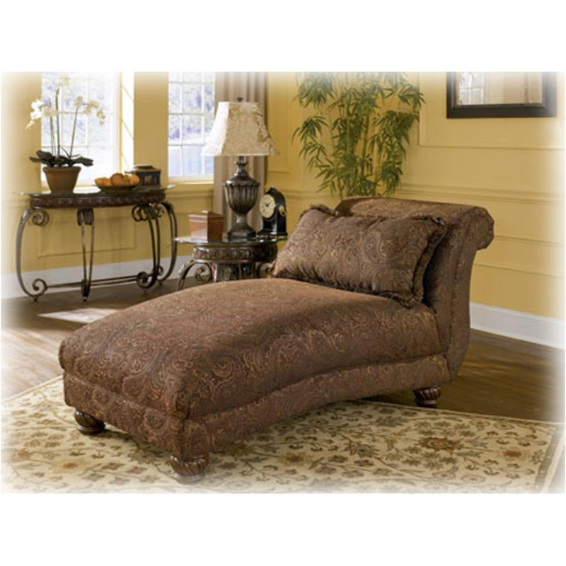 Exceptionnel 3460215 Ashley Furniture Wilmington   Walnut Chaise