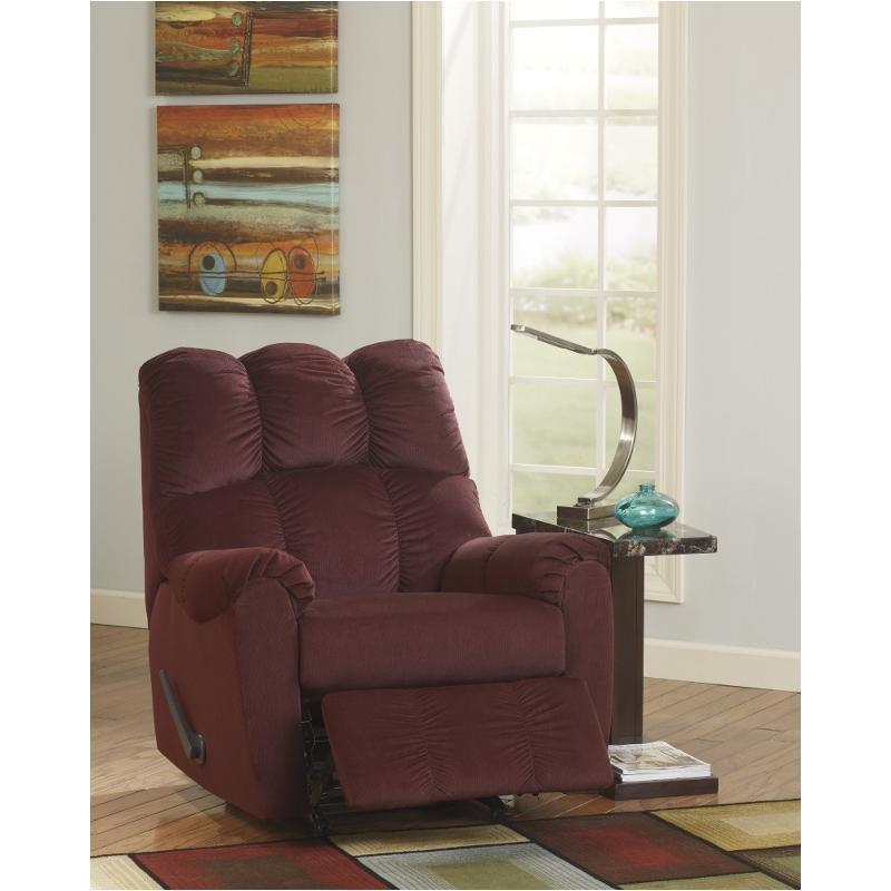 Ashley Furniture Closeout: 1750325 Ashley Furniture Raulo