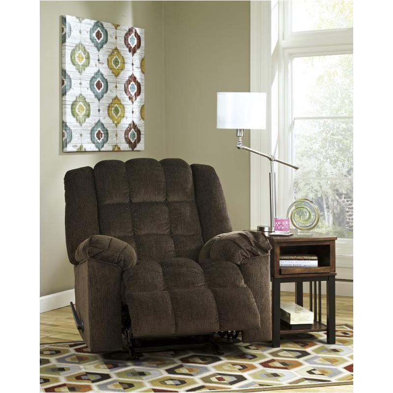 8110425 Ashley Furniture Ludden
