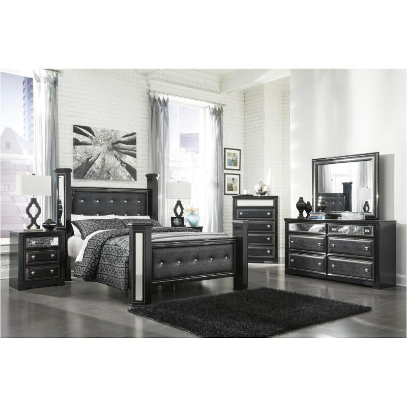 B364 67 Ashley Furniture Queen Upholstered Poster Bed