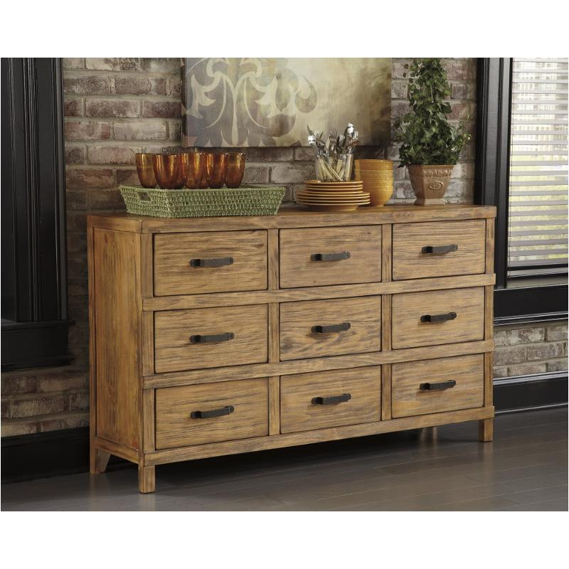 D540 360 Ashley Furniture Mestler Dining Room Server