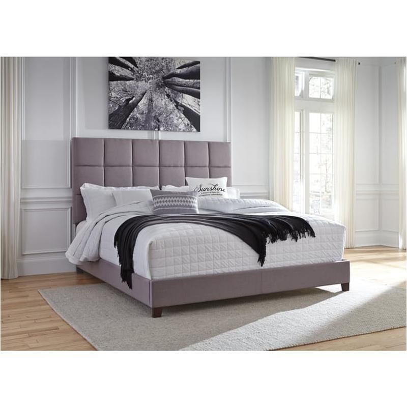B130 382 Ashley Furniture Dolante Bed