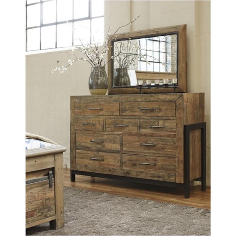 B775 31 Ashley Furniture Sommerford Dresser