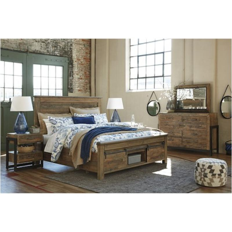 B775 78 Ashley Furniture King California King Panel Bed