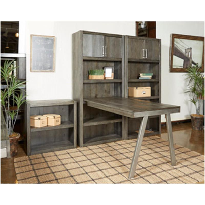H467 44 Ashley Furniture Raventown Desk