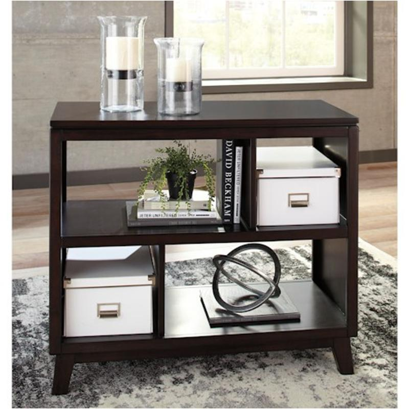 T027 4 Ashley Furniture Chanceen Sofa Table
