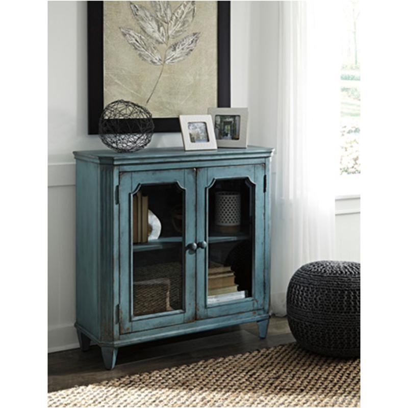 T505 742 Ashley Furniture Mirimyn Living Room Accent Cabinet