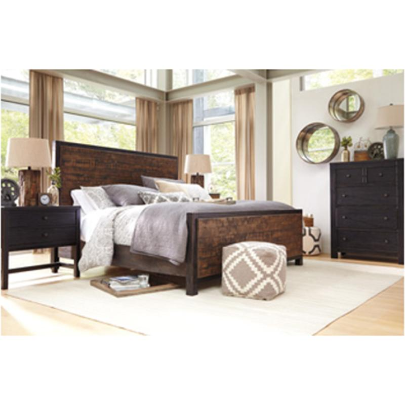B673-57 Ashley Furniture Wesling Bedroom Queen Panel Bed