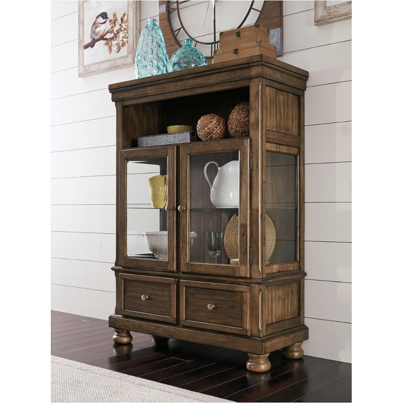 D719 86 Ashley Furniture Flynnter Dining Room Curio