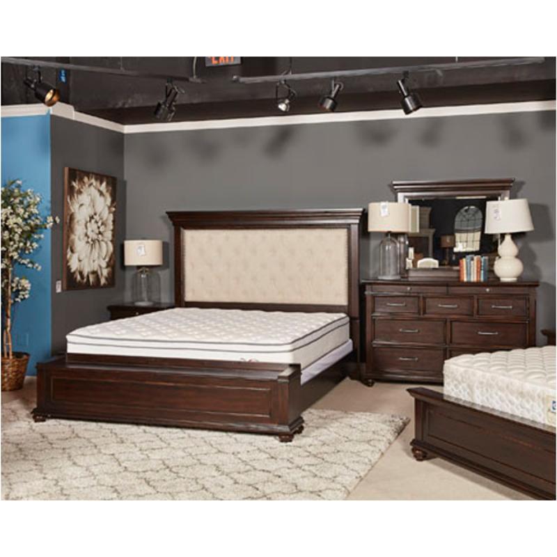 B788-157 Ashley Furniture Brynhurst Queen Upholstered