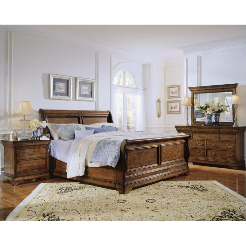 Ashley Furniture Madison: 62175h Universal Furniture Madison Bedroom Queen Sleigh Bed