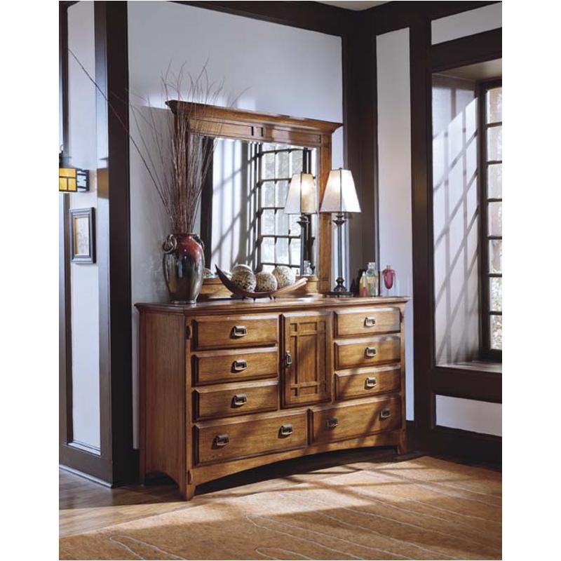 64804m Universal Furniture Artisan Oak Bedroom Landscape