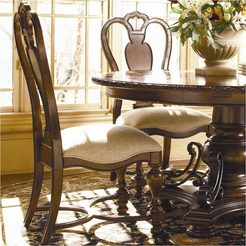 016634 Universal Furniture Bolero Side Chair